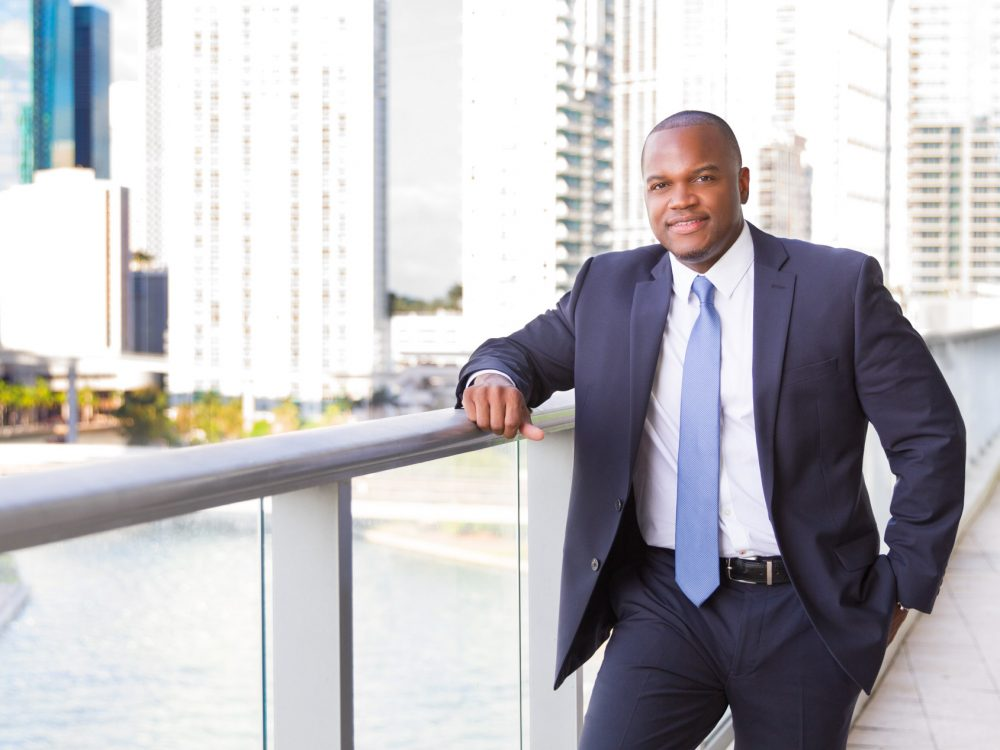 Headshot of Realtor D. Alex Vaughn is owner of the Vaughn Luxury Real Estate Group focusing on Real Estate in the MIami and Detroit Markets.